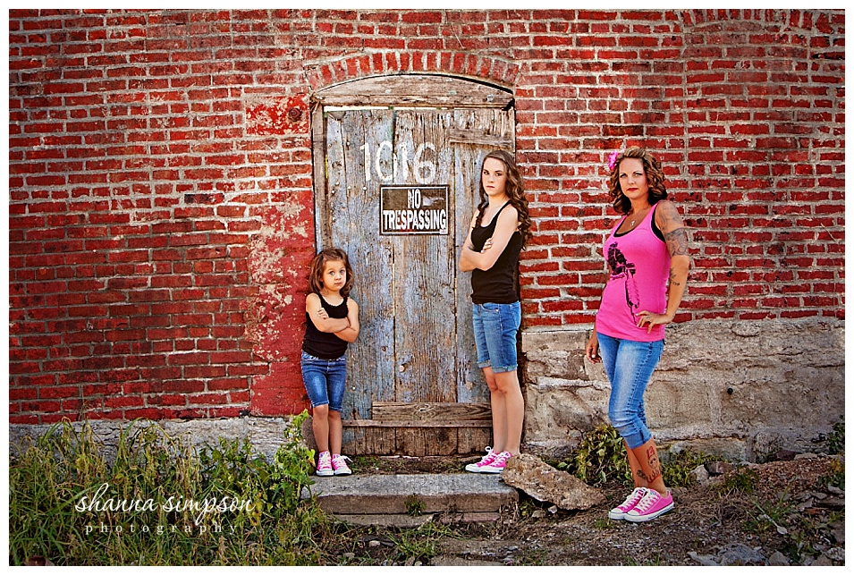 Fun Urban Family Session with Shanna Simpson