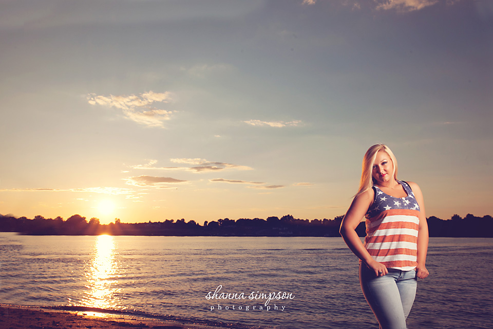 It's summer time!! Shanna Simpson Senior Photographer