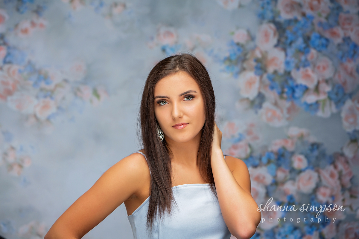 Amazing studio in Louisville for senior portraits!